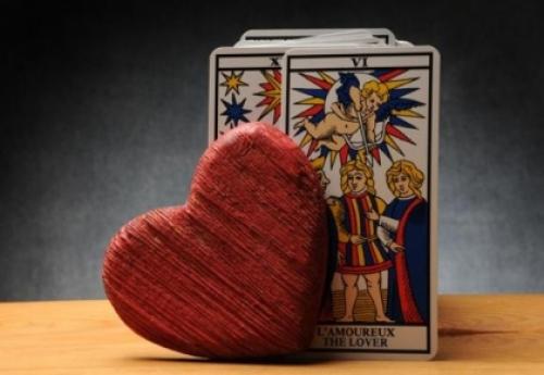 Amor: como fazer perguntas ao Tarot